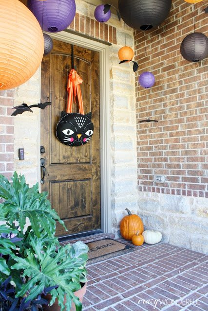 halloween porch decorations  Crazy Wonderful - Crazy Halloween Decorations