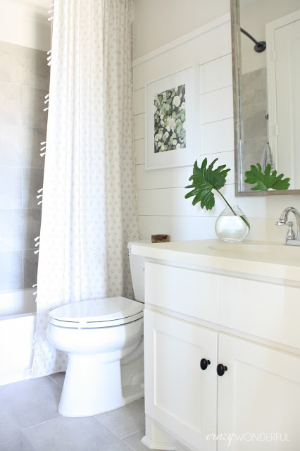 builder grade bathroom makeover