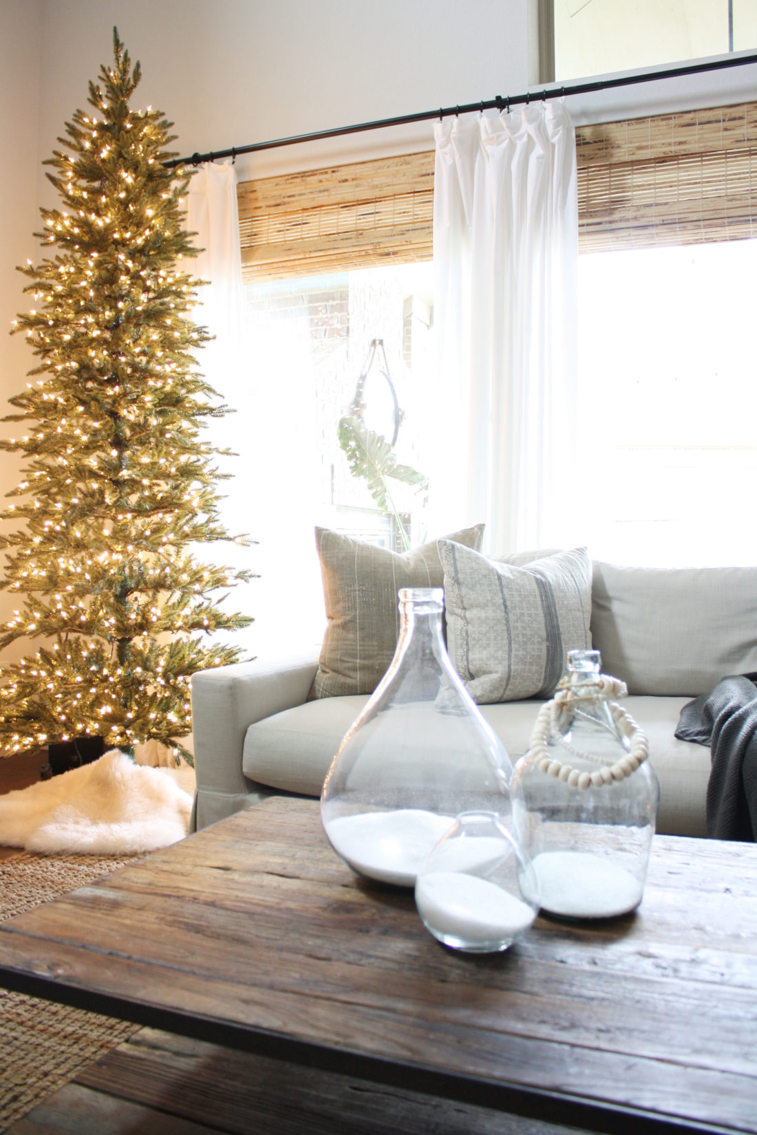 simple christmas tree without decorations - Christmas Tree Without Decorations